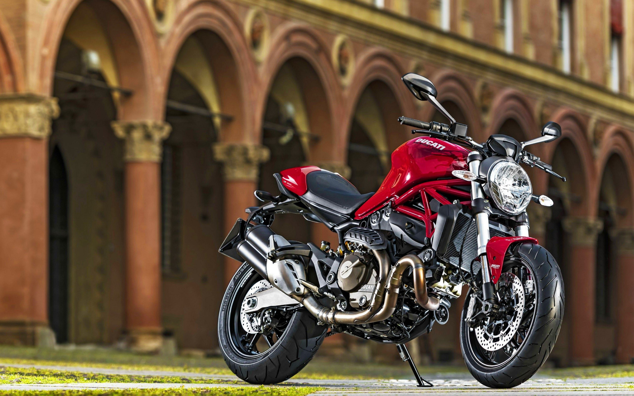 2015 Ducati Monster 821 Wide
