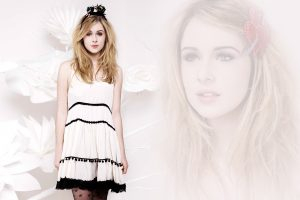 Actress Diana Vickers Wide
