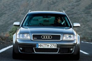 Audi Rs6 V8 Front View