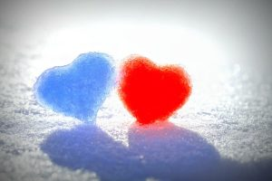 Blue Red Snow Hearts Wide