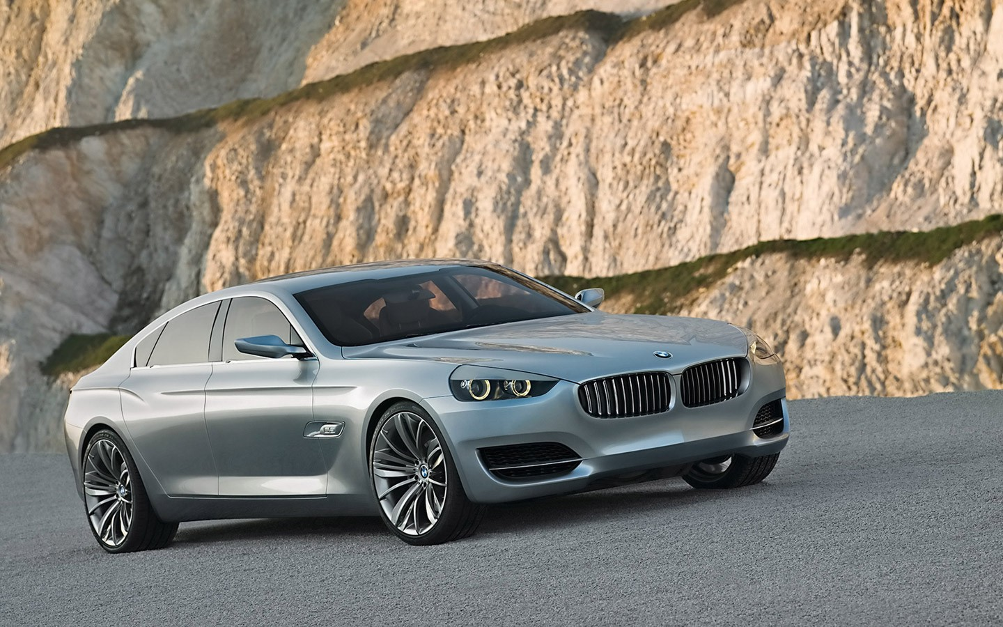 Bmw Cs Concept Unveiled Wide