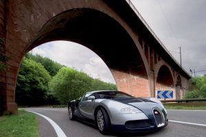 Bugatti Veyron 3 Under The Bridge