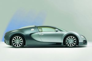 Bugatti Veyron Side View