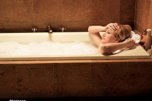 Carmela Soprano In Bathtub