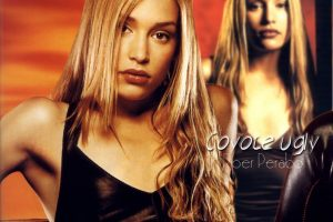 Coyote Ugly Piper Perabo