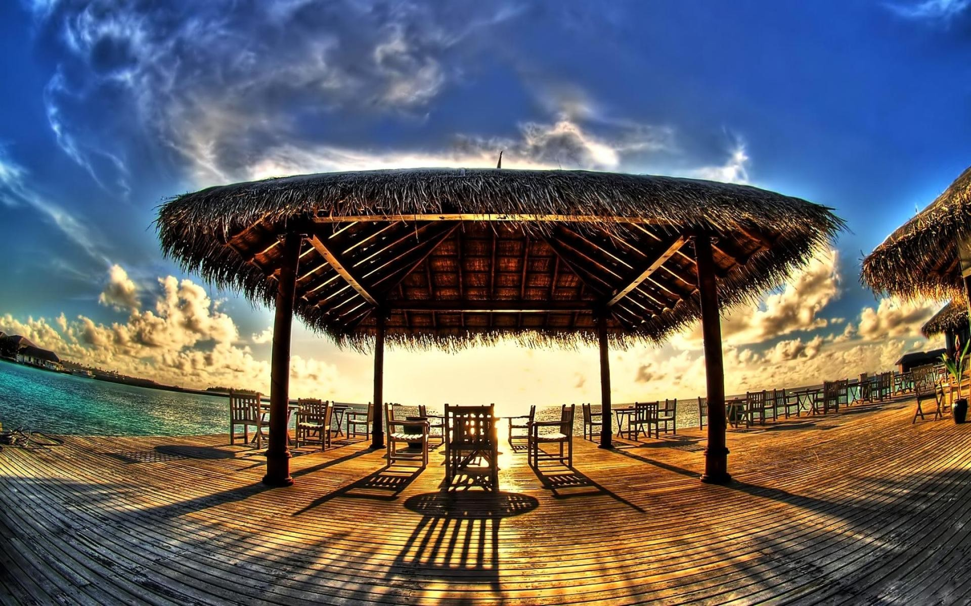 Fish Eye Summers Rest Wide