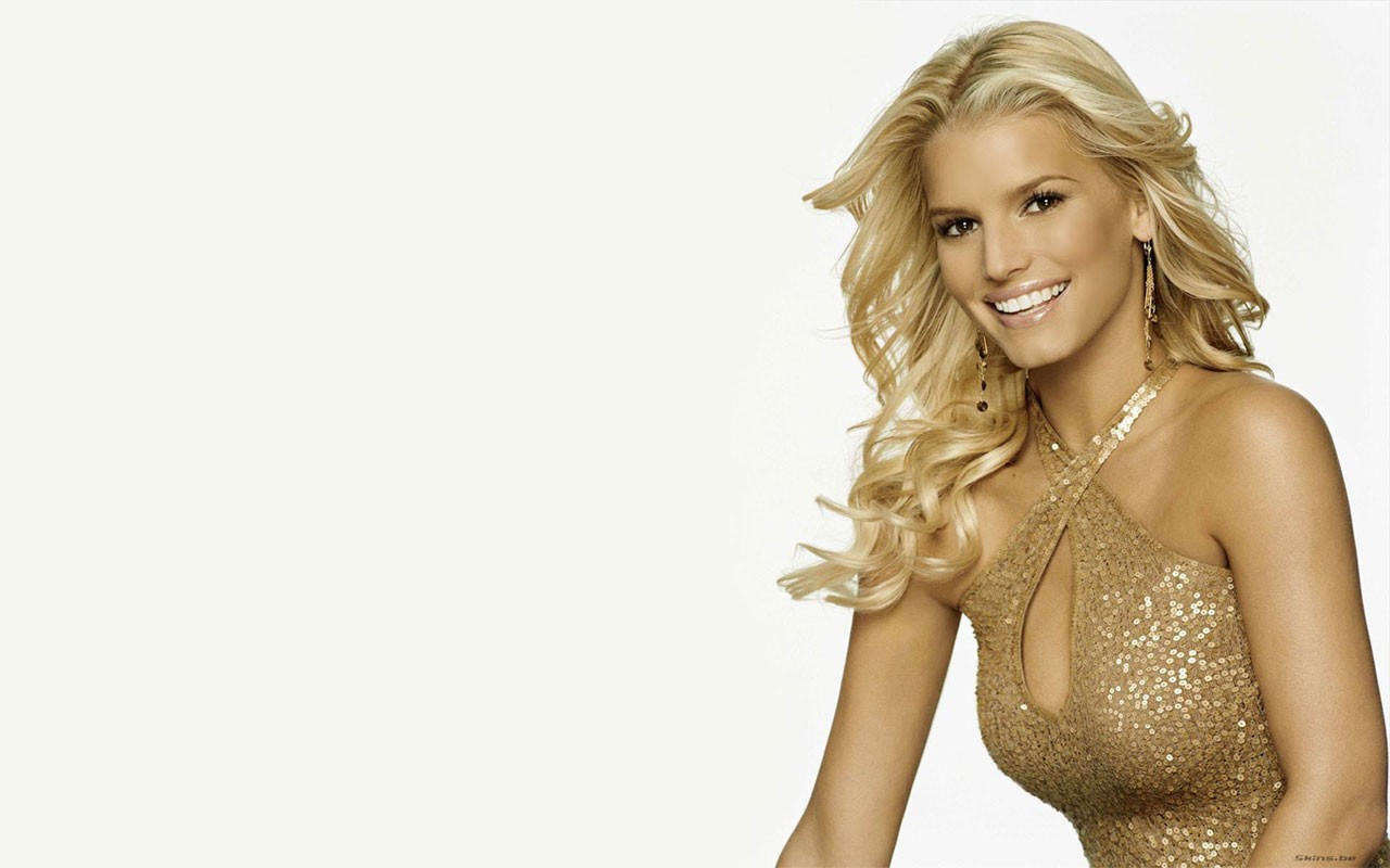 Gold Girl Jessica Simpson Wide