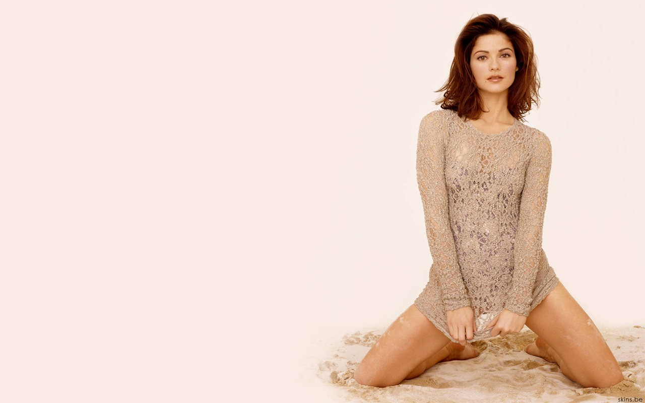 Hollywood Beauty Jill Hennessy Wide