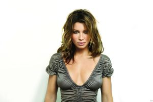 Hot Hollywood Babe Jessica Biel Wide