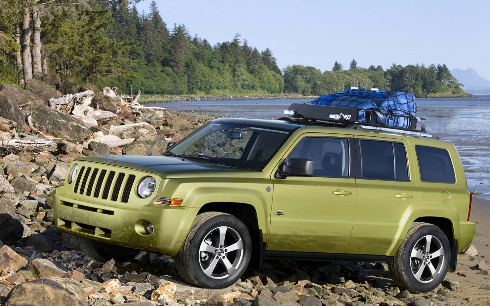 Jeep Patriot Back Country Concept Side Wide