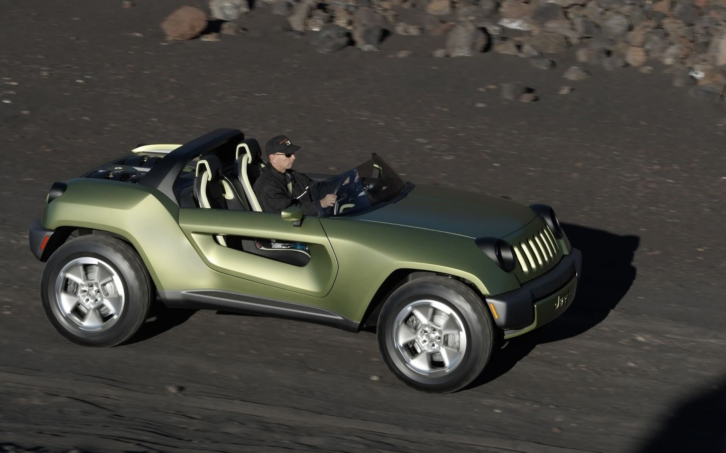 Jeep Renegade Concept Top View Wide