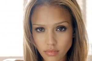 Jessica Alba Home Photo