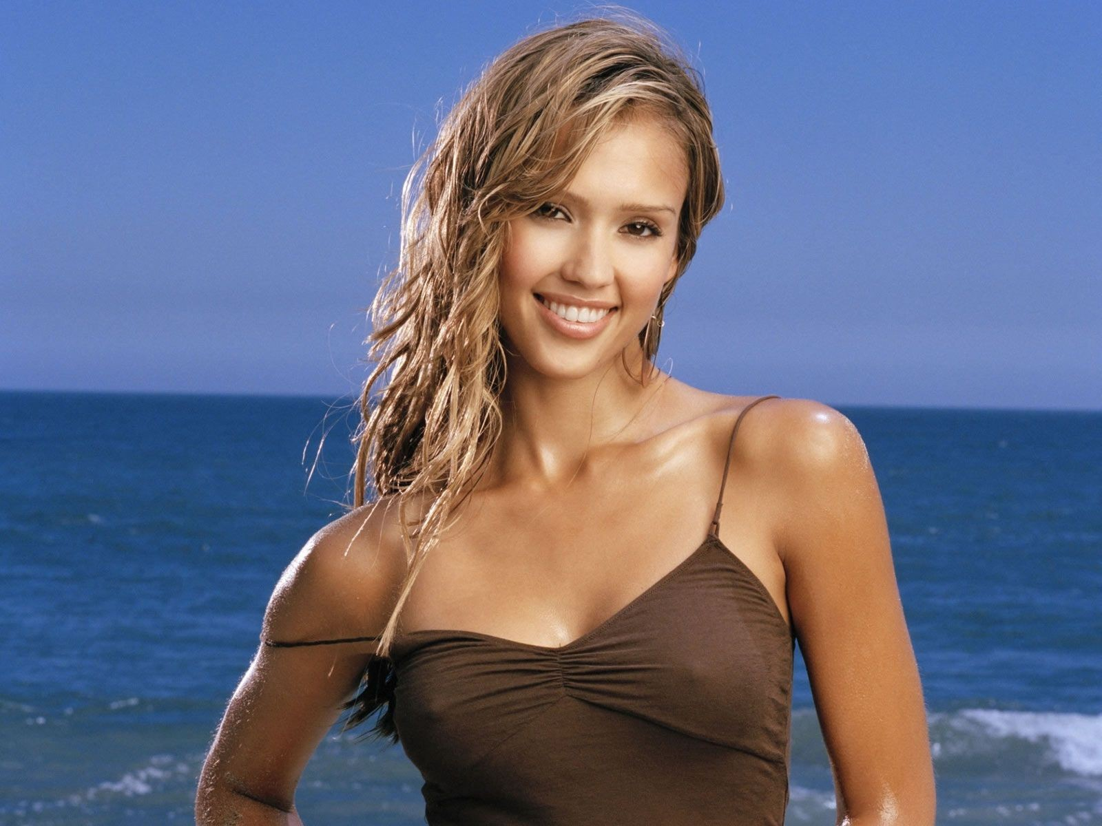 Jessica Alba On Beach