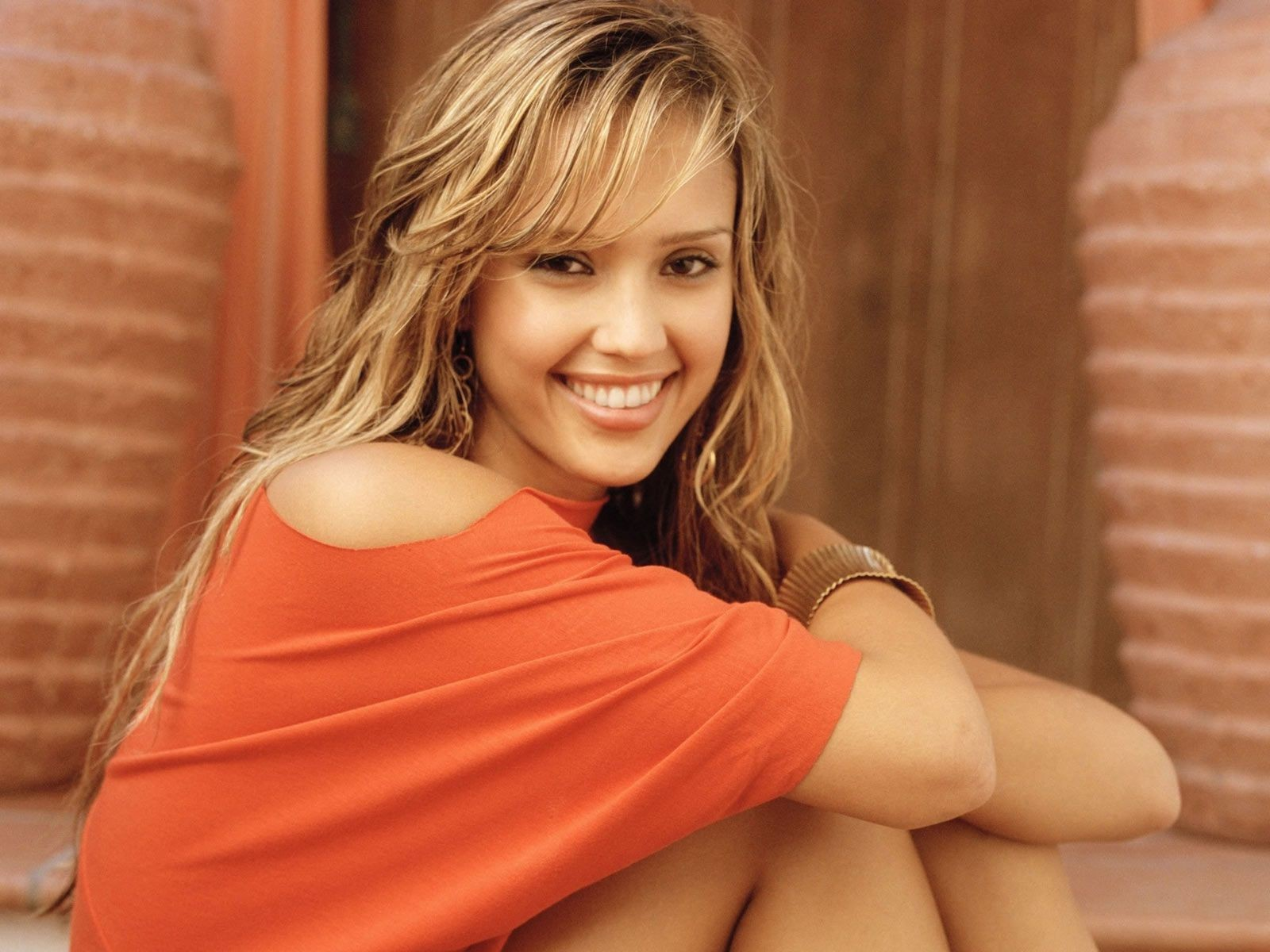 Jessica Alba Red Dress Smiling