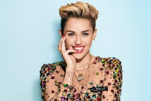 Miley Cyrus Cute Look Wide