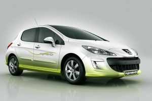 Peugeot 308 Hdi 110 Front Angle