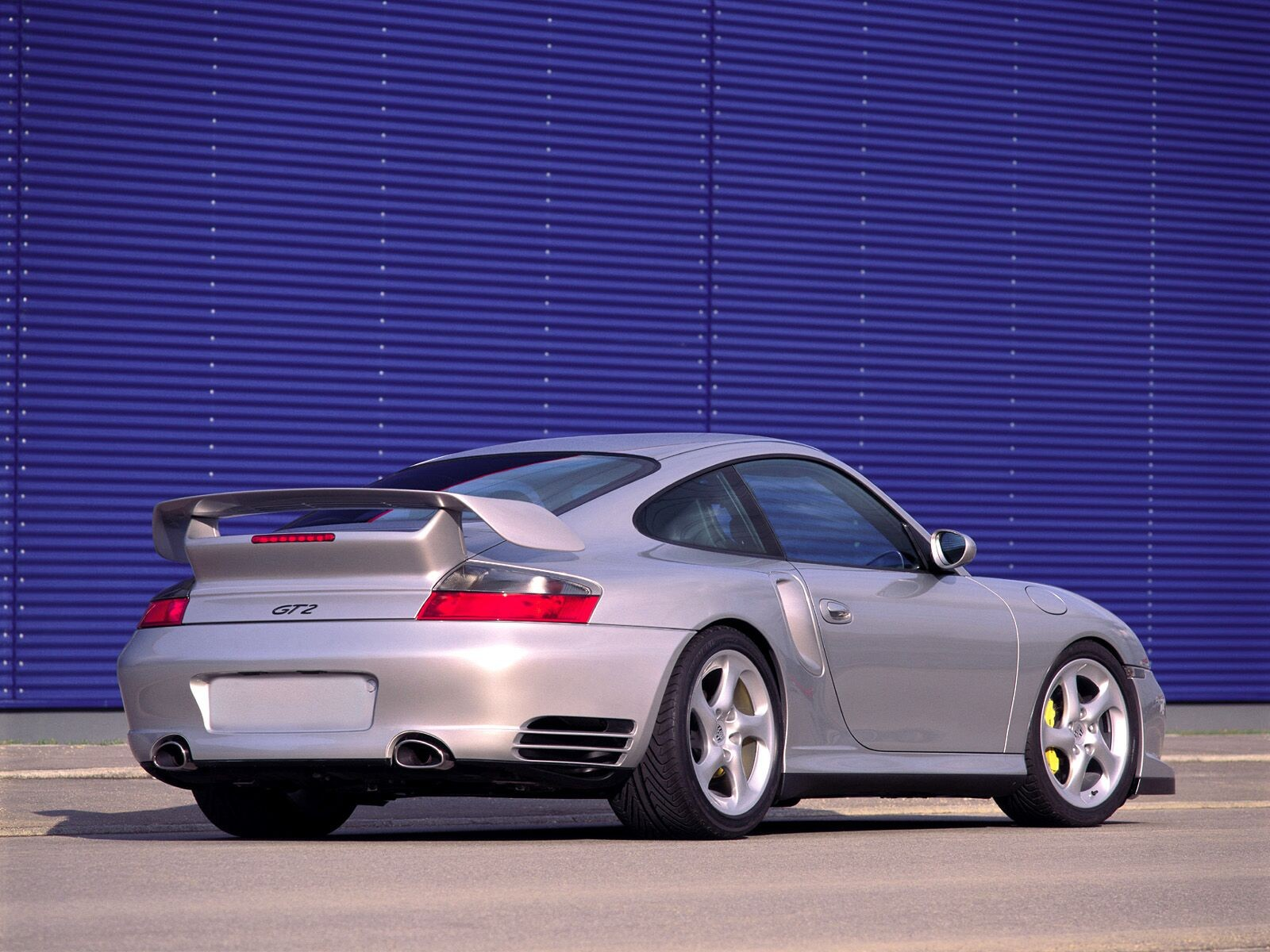 Porsche 911 Gt2 Rear View Outdoor
