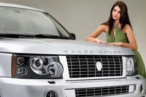 Range Rover – Cars And Girls Wide
