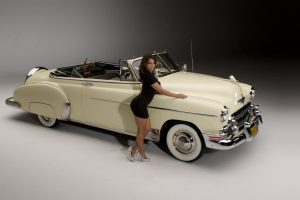 Vida Guerra And Good Looking Old Car Wide