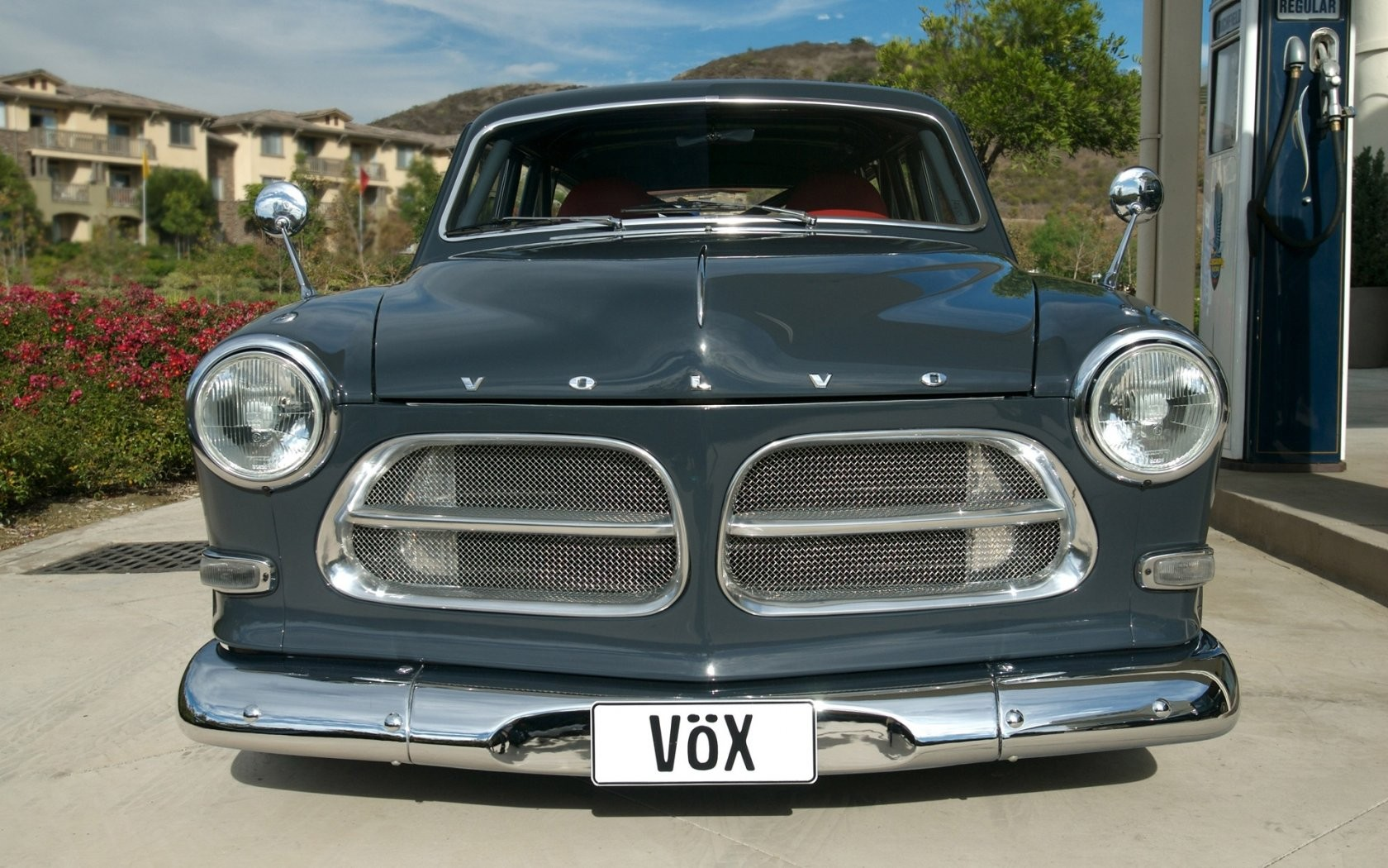 Volvo Amazon Front View Wide