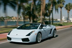 White Lamborghini Gallardo Lp560 4 Spyder Wide