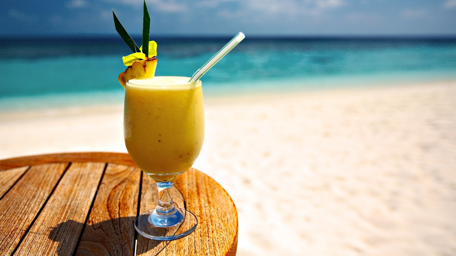 Yellow Beach Cocktail